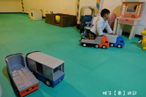 playground 12