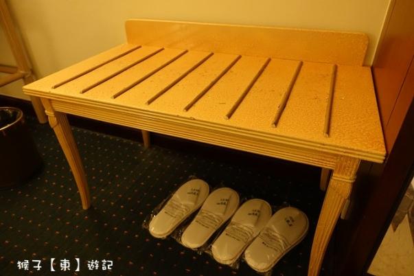 midi room 05