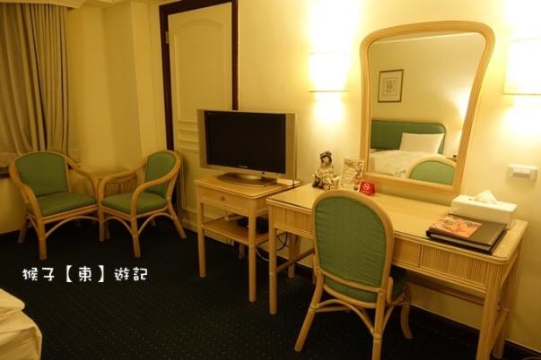 midi room 06