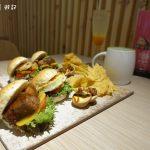 [台中] 食趣所 爌肉配漢堡 加上台中人的東泉辣椒醬 推文創園區專屬美食