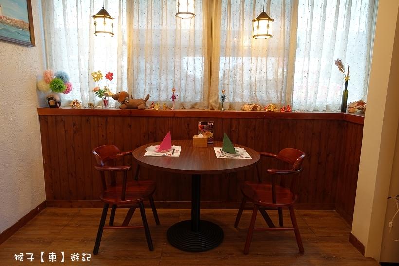 [台中南屯] 安可喬治龍蝦螃蟹美式餐廳 像海港邊餐廳 樂洛手作麵包超美味 - 台中美食, 黑海珍珠貝, 龍蝦餐廳 - 猴子【東】遊記 - 親子 旅遊 住宿 景點 美食