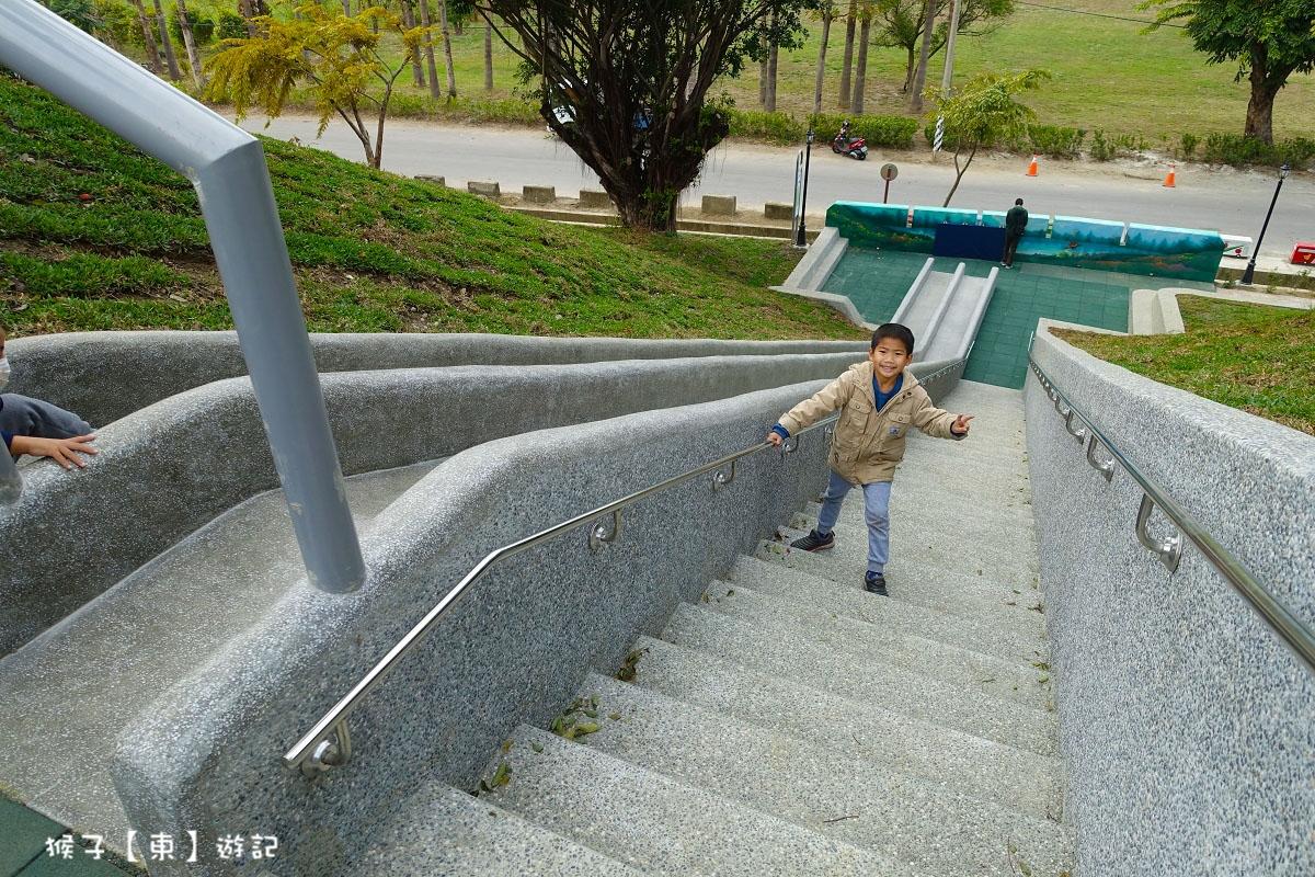 [台中] 全台中最長磨石子溜滑梯 遛小孩景點推薦 來太平幸福站玩樂一整天 - 猴子【東】遊記 - 親子 旅遊 住宿 景點 美食