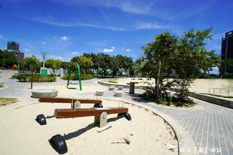 網站近期文章:[台中] 豐樂雕塑公園 湖泊 大草皮 兒童遊戲區有沙坑 磨石子溜滑梯超放電
